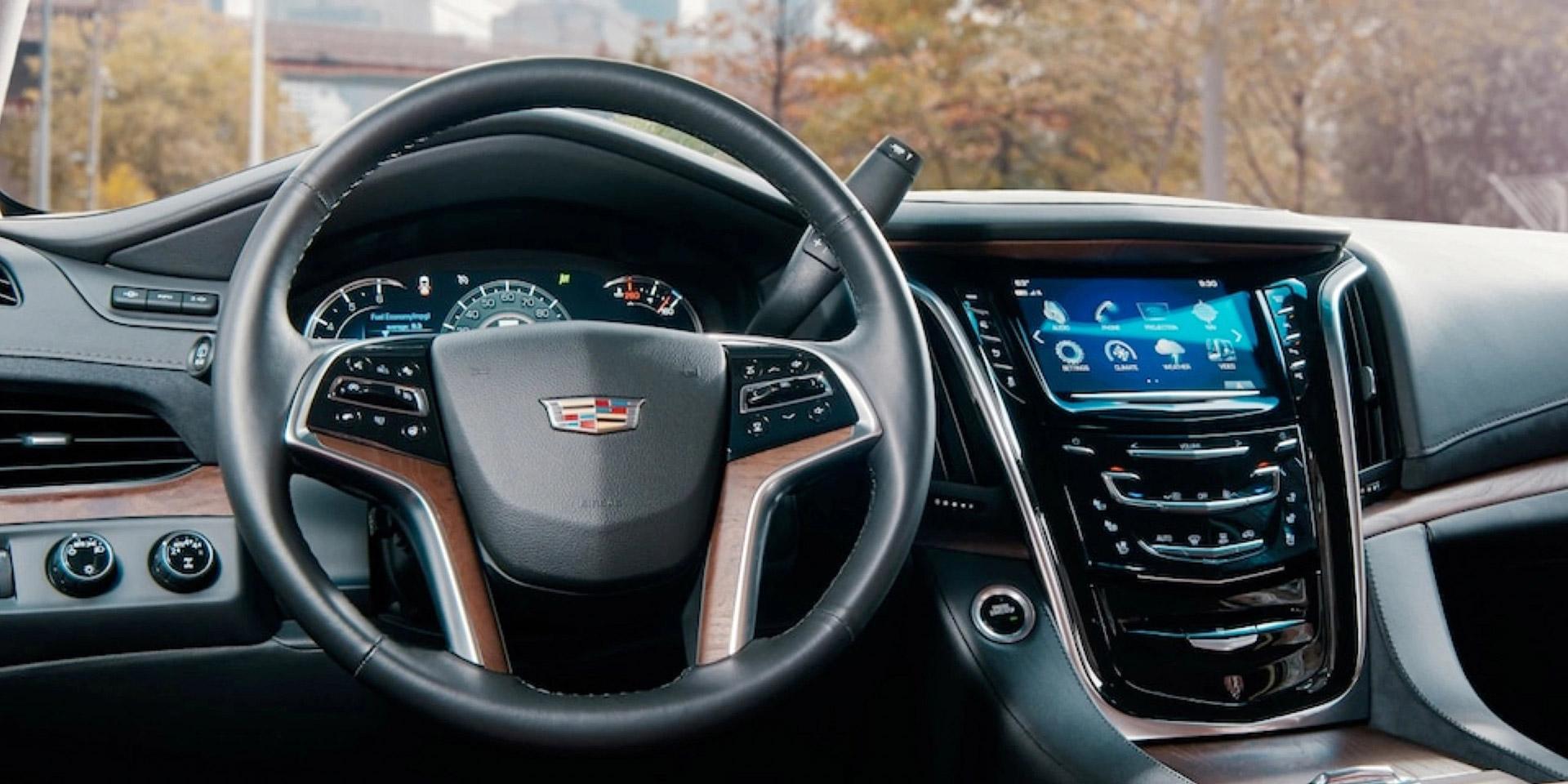 2020 Cadillac Escalade interior front dash