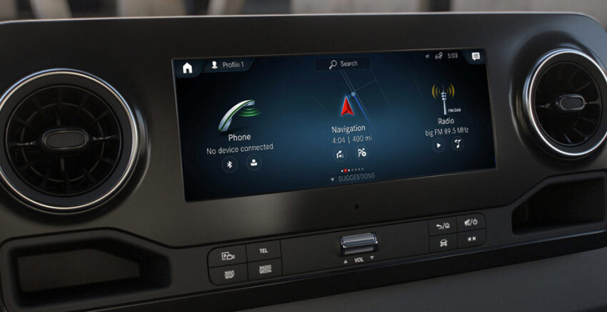 2020 Mercedes-Benz Sprinter dashboard technology