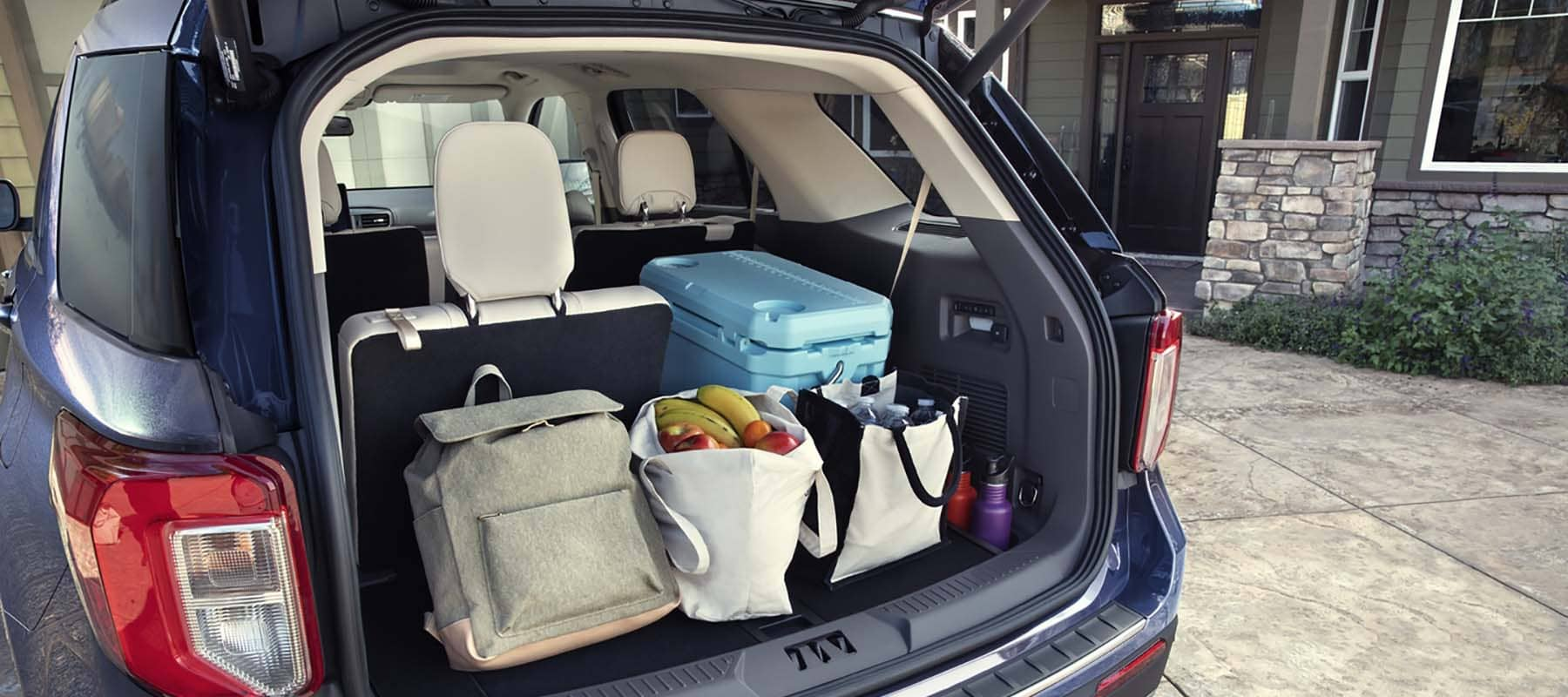 2020 Ford Explorer Trunk Space & Accessories