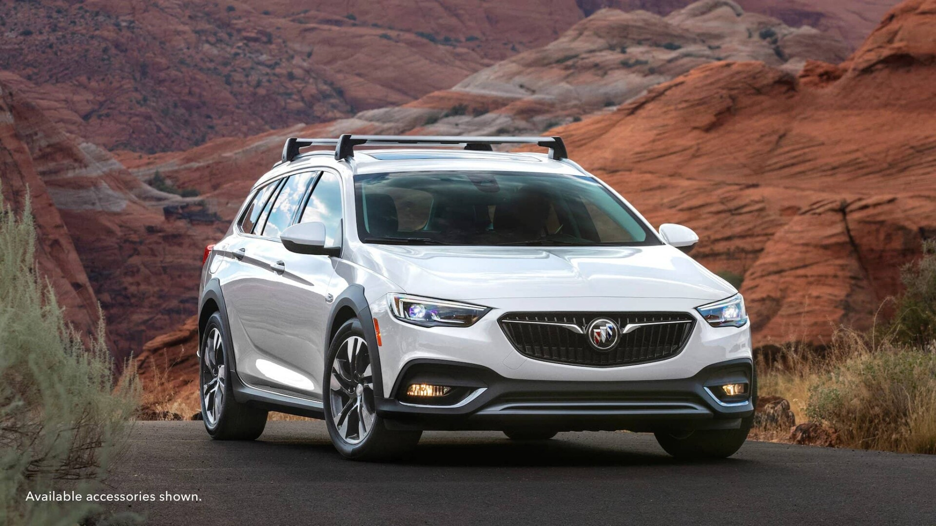 2020 Buick Regal Tourx Grill