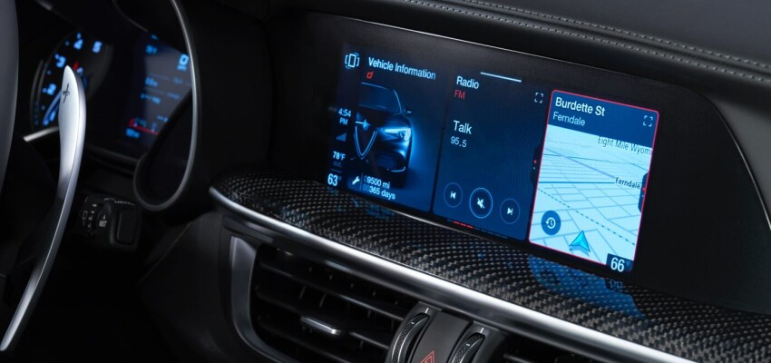 2020 Alfa Romeo Stelvio Dash Display
